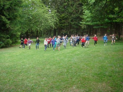 Kinder rennen